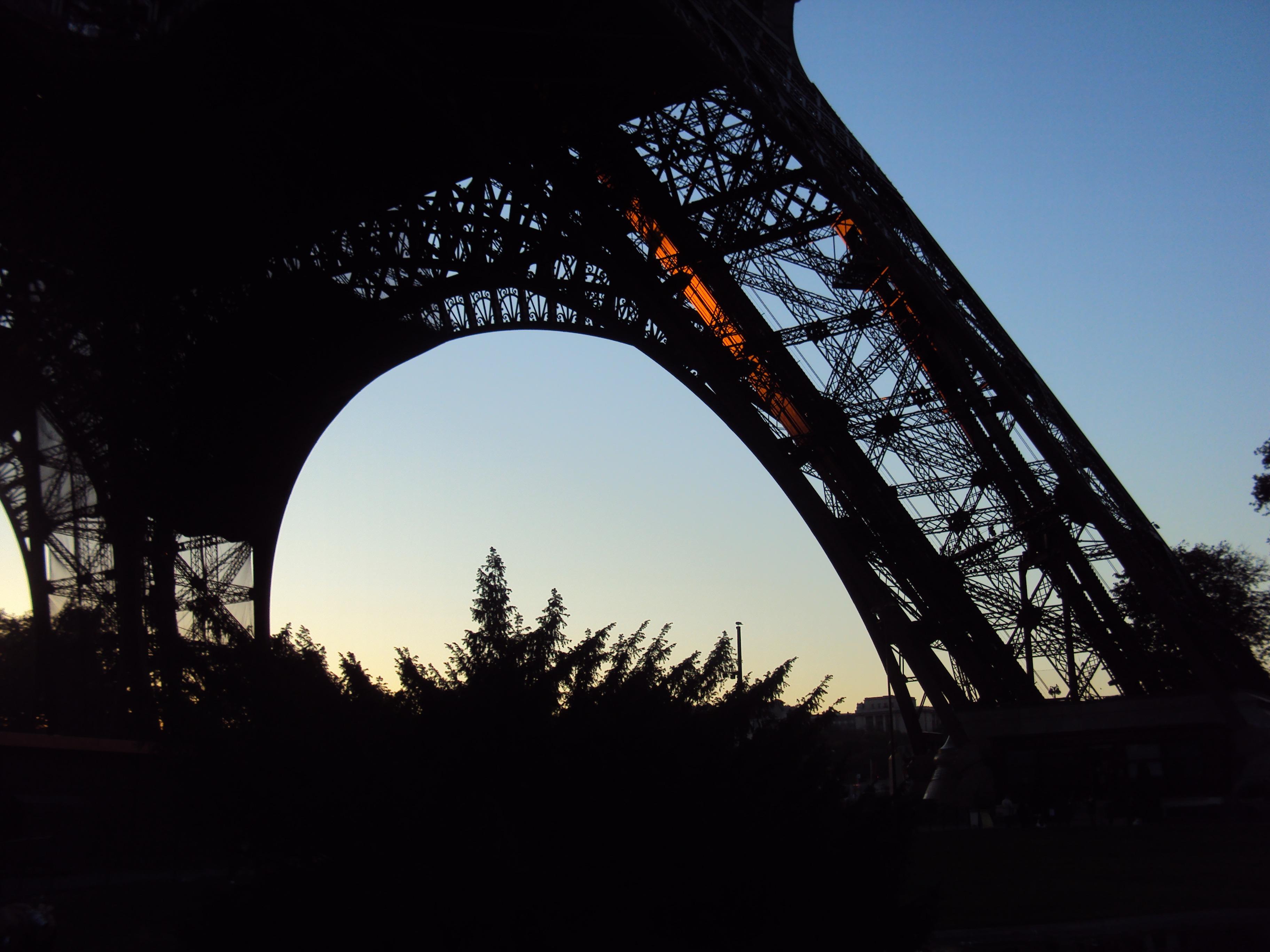 Eiffelturm im Sonnenuntergang, Paris