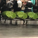 Smilies in der Pariser Métro